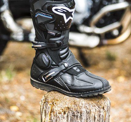 Jakie Buty Na Turystyczne Enduro Alpinestars Toucan Gore Tex Test Motogen Pl Testy Nowosci Zdjecia Opinie Porady Relacje Motocykle 125
