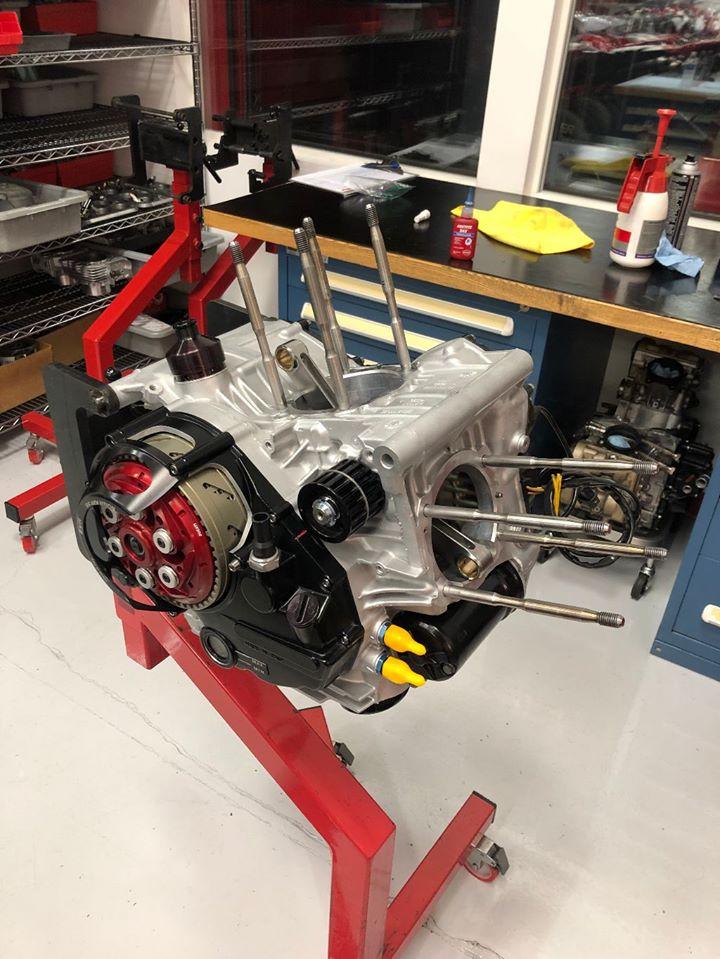 Ducati 900ss rest-mod, silnik