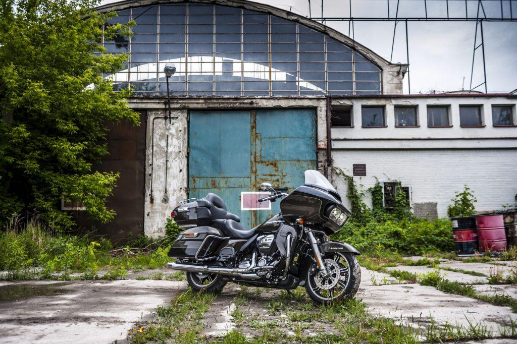 Harley Davidson Road Glide Limited.Sylwetka